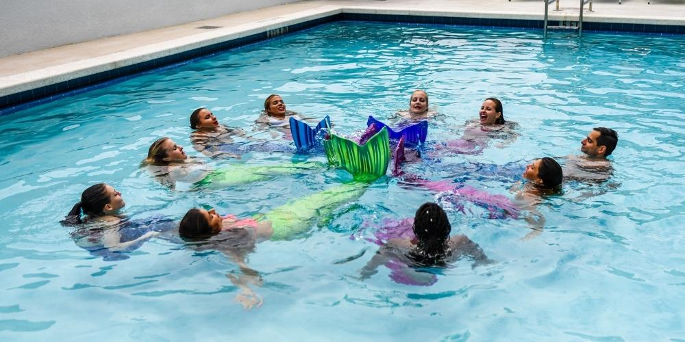 mermaid circle